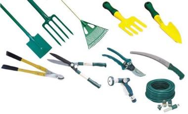Различные виды инструмента для работы вручную в саду